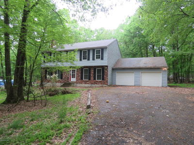 Stroudsburg Single Family Home For Sale: 529 Executive Dr