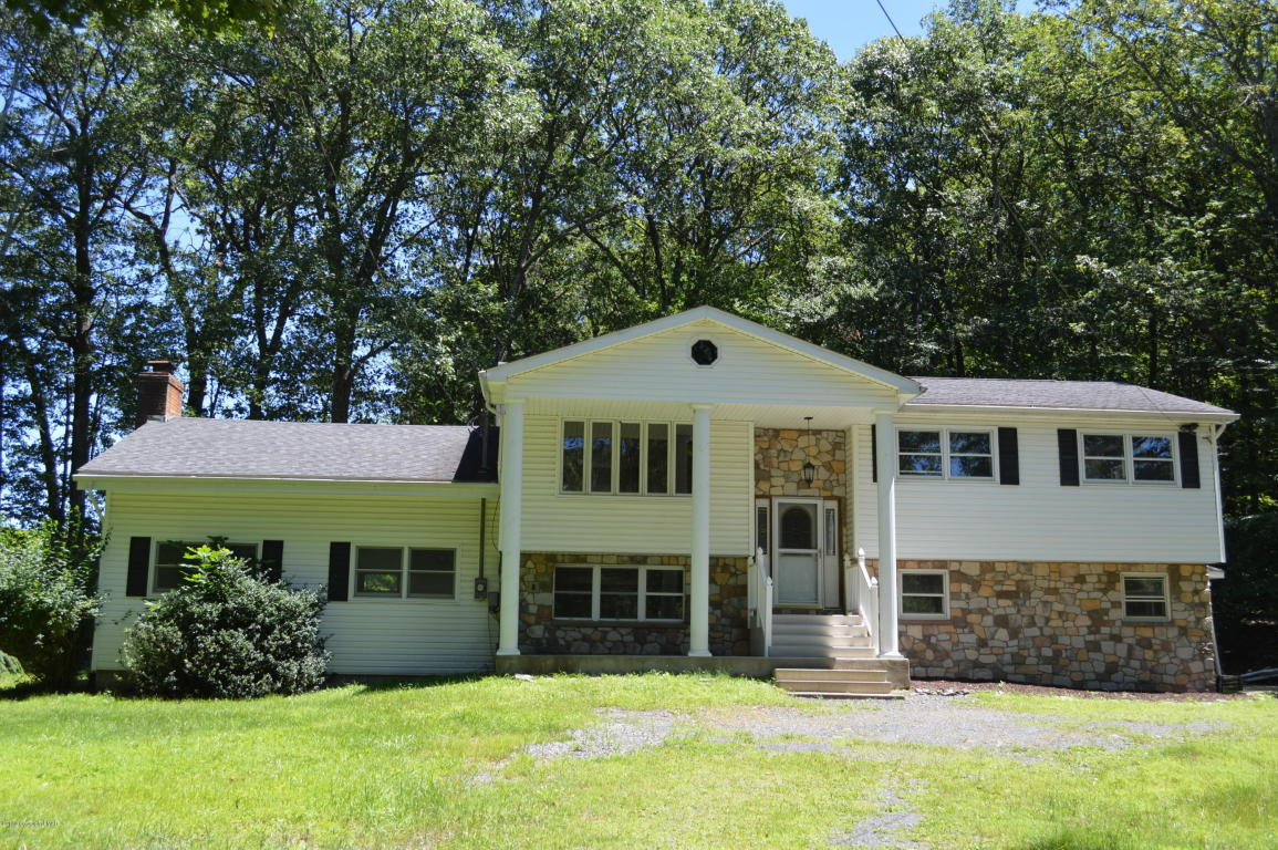 4 bed / 2 full, 1 partial baths Home in Swiftwater for $249,900
