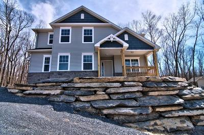 East Stroudsburg Single Family Home For Sale: 1005 McKinley Way