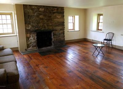 Kunkletown Single Family Home For Sale: 398 Fiddletown Rd