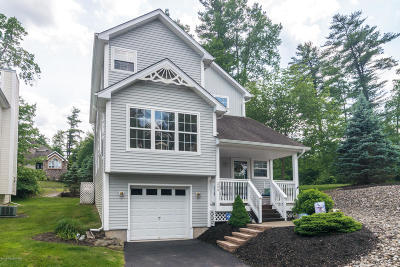 Country Club Of The Poconos Single Family Home For Sale: 200 Hawthorne Village Ct