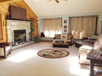 Blakeslee Single Family Home For Sale: 1243 Old Farm Rd