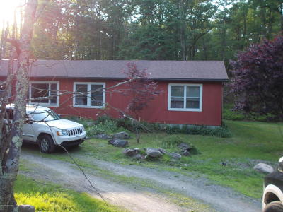 Canadensis Single Family Home For Sale: 121 Hemlock Way