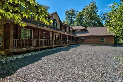 Pocono Pines Single Family Home For Sale: 3110 Tall Timber Lake Rd
