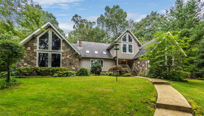 Monroe County Single Family Home For Sale: 376 Hty Rd