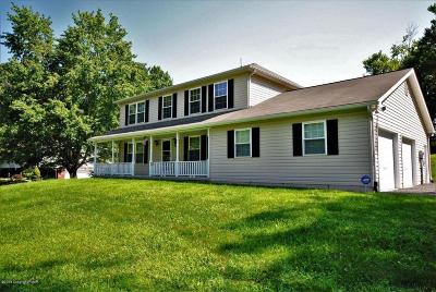 East Stroudsburg Single Family Home For Sale: 109 Charlotte Way