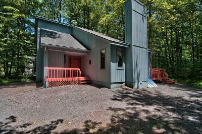 Pocono Pines PA Single Family Home For Sale: $220,000