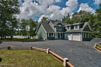 Canadensis Single Family Home For Sale: 105 Raspberry Dr