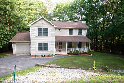 East Stroudsburg Single Family Home For Sale: 2327 Woodcrest Dr