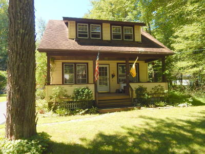 Pocono Lake Single Family Home For Sale: 174 Old Route 940