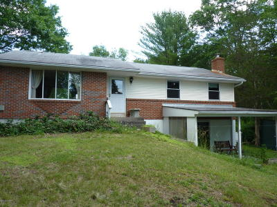 Monroe County Single Family Home For Sale: 15 Meander Way