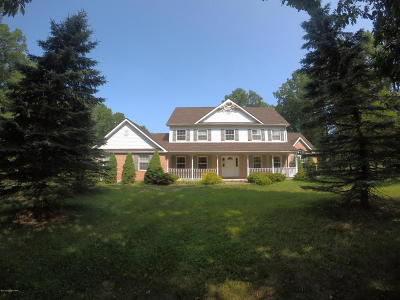 East Stroudsburg Single Family Home For Sale: 252 Sycamore Dr
