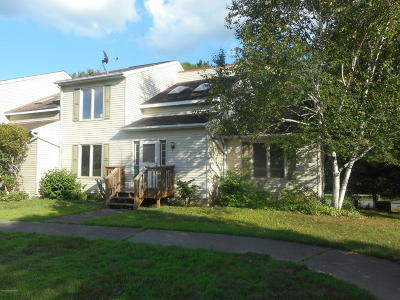 East Stroudsburg Single Family Home For Sale: 301 Maple Ln