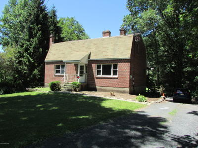 Stroudsburg PA Single Family Home For Sale: $230,000