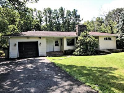 Henryville Single Family Home For Sale: 208 Shine Hill Rd