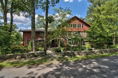 Buck Hill Falls Single Family Home For Sale: 146 Falls Dr