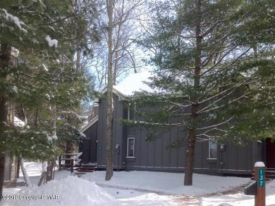 Lake Harmony Single Family Home For Sale: 137 Telemark