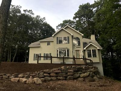 Stroudsburg Single Family Home For Sale: 2413 Leisure Lane