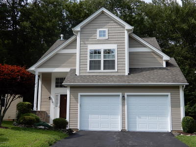 Country Club Of The Poconos Single Family Home For Sale: 214 Aspen Commons