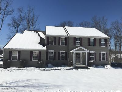 East Stroudsburg Single Family Home For Sale: 3153 Hollow Dr