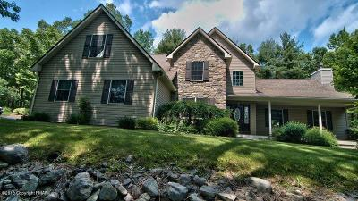 Stroudsburg Single Family Home For Sale: 524 Quail Ridge Lane