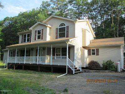 Mount Pocono Single Family Home For Sale: 59 Crestwood Dr