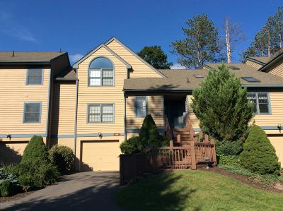 Buck Hill Falls Single Family Home For Sale: 2160 Oak Hill Drive