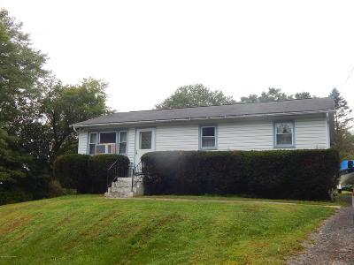 Saylorsburg Single Family Home For Sale: 608 Williams St