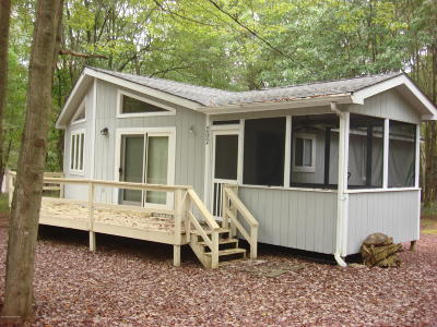 Blakeslee Single Family Home For Sale: 292 Brier Crest Rd