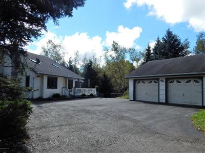 Long Pond PA Single Family Home For Sale: $141,000