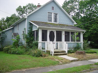East Stroudsburg Single Family Home For Sale: 113 W 4th St