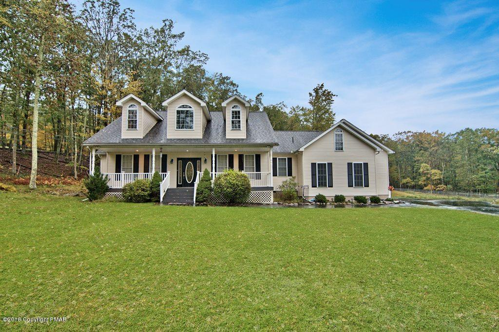 403  Iroquois Loop, Canadensis