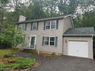 East Stroudsburg Single Family Home For Sale: 1109 Hunters Woods Dr