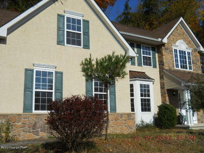 East Stroudsburg Single Family Home For Sale: 5111 Acorn Ln