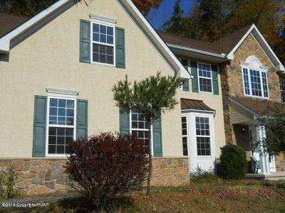 East Stroudsburg Rental For Rent: 5111 Acorn Lane