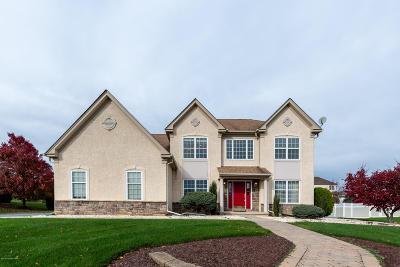 Lehigh County, Northampton County Single Family Home For Sale: 4375 Crosswinds Dr