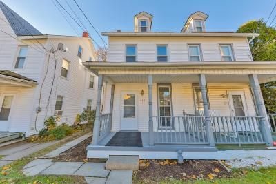 Pen Argyl Single Family Home For Sale: 413 Railroad Ave
