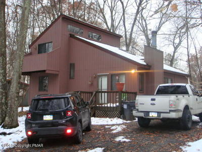 East Stroudsburg Single Family Home For Sale: 15 Hilltop Circle