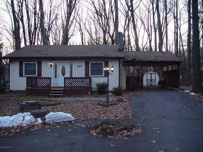 Pocono Summit Single Family Home For Sale: 257 Stillwater Dr