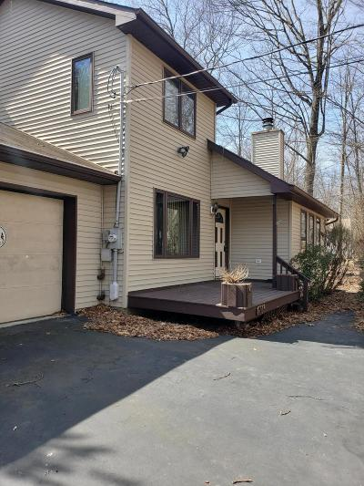East Stroudsburg Single Family Home For Sale: 110 Spruce Ln