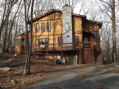 East Stroudsburg Single Family Home For Sale: 6116 Wales Ct