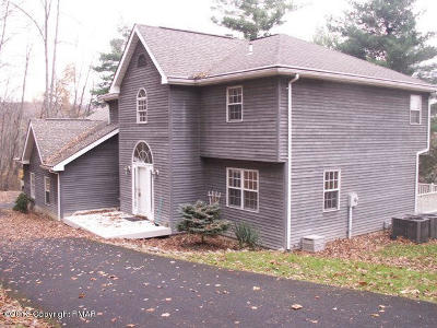 Stroudsburg Rental For Rent: 144 Wolf Hollow Drive