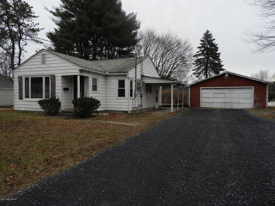 Monroe County Single Family Home For Sale: 7032 Howell Ter