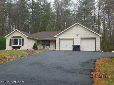 East Stroudsburg Single Family Home For Sale: 121 Estate Dr