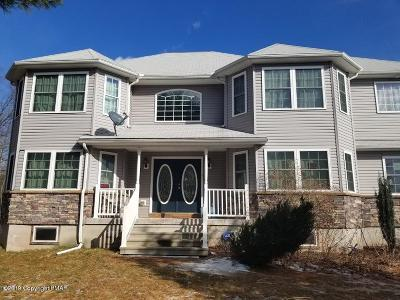 Stroudsburg Single Family Home For Sale: 1512 Eagles View Ct