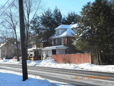Stroudsburg Single Family Home For Sale: 437 N 5th St