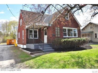 Stroudsburg Single Family Home For Sale: 1645 W Main St