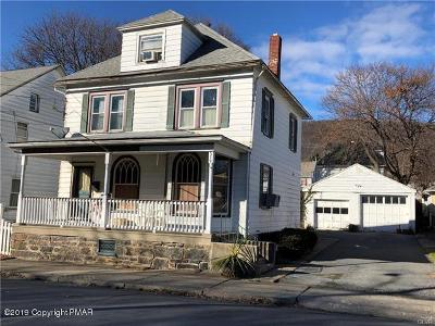 Pen Argyl Single Family Home For Sale: 519 W Main Street