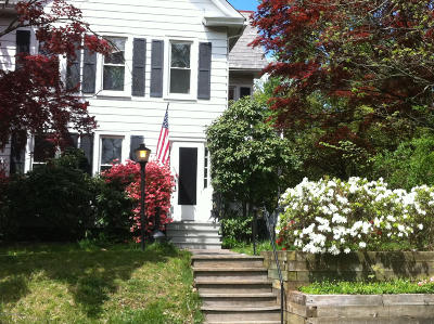 East Stroudsburg Single Family Home For Sale: 102 E Brown St
