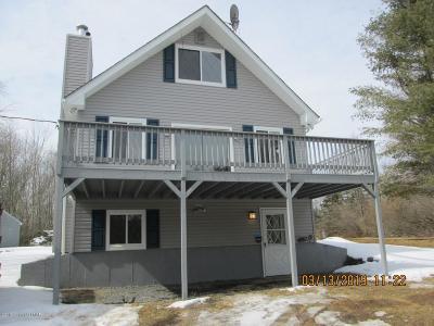 East Stroudsburg Single Family Home For Sale: 121 Bernadine Rd